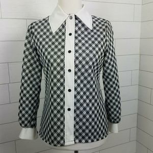 Vintage 1960s Top Small Black White Pointed Collar